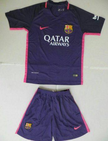 پیراهن و شورت دوم بارسلونا